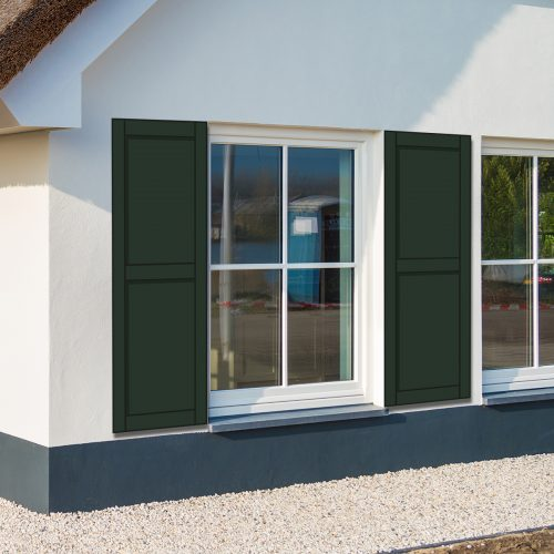 huis met groene raamluiken model Panel